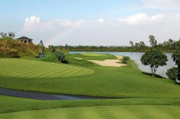 Sky Lake Golf & Resort Club Vietnamese